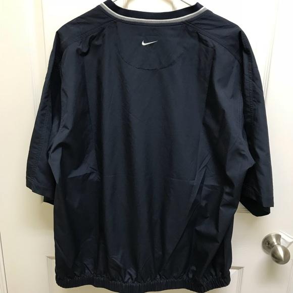 4a204726a923 Men s Nike Golf Wind Shirt. M 5b947aa67386bcb9eb9ca04d